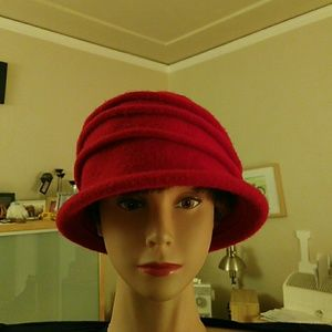 EUC 100% Wool Parkhurst Hat, Made in Canada
